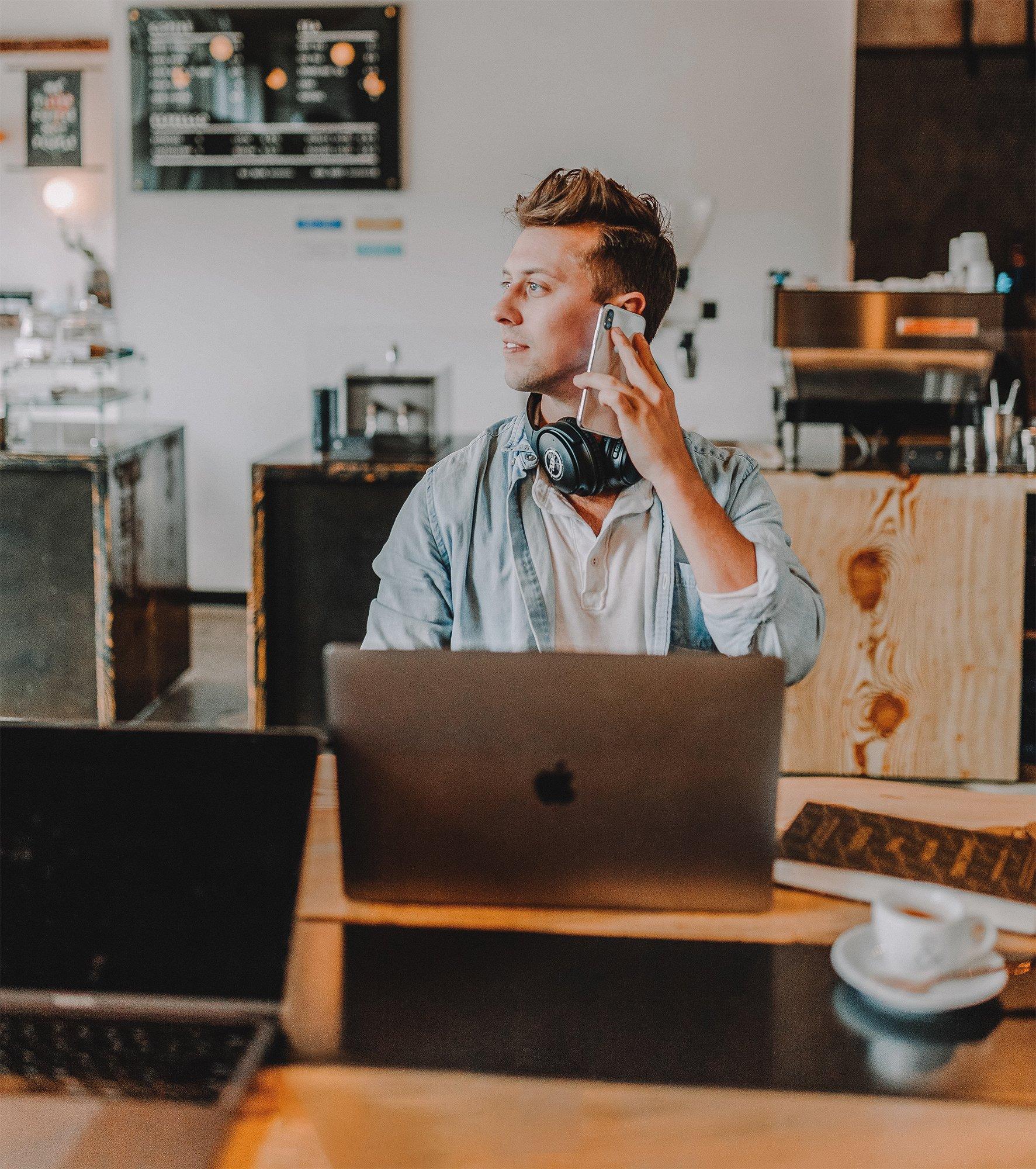 remote sales worker